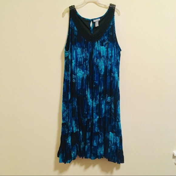 Catherines Dresses & Skirts - Catherine's Abstract Water Flowing Dress